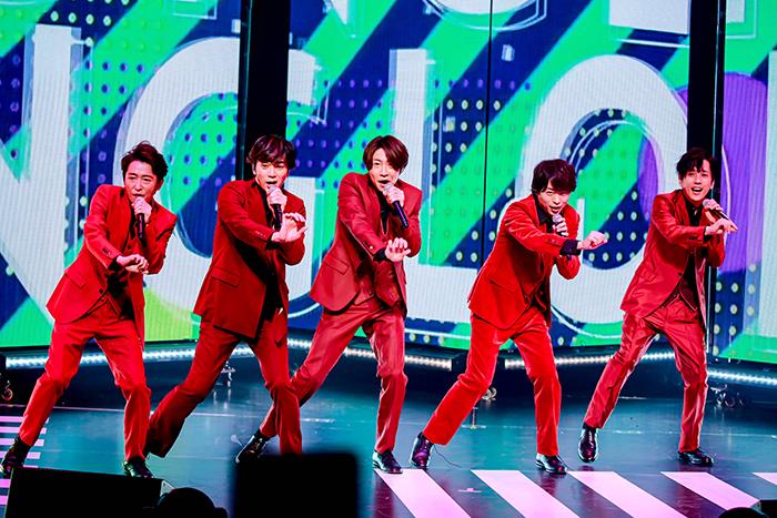【ライブレポート】嵐が真紅の衣装で登場!誕生日を迎えた大野智へサプライズも!<Spotify presents Tokyo Super Hits Live 2020>