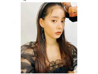 新木優子、透け感黒コーデで肌見せセクシー「シンデレラみたい!」