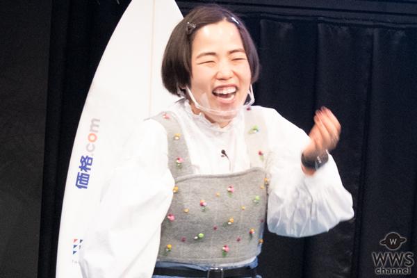 女子プロサーファー前田マヒナと野呂玲花が吉本興業に所属を発表!