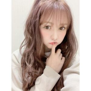 HKT48 村重杏奈、あざと可愛いセルフィーに反響ぞくぞく!「大天使」「見事に釣られました」
