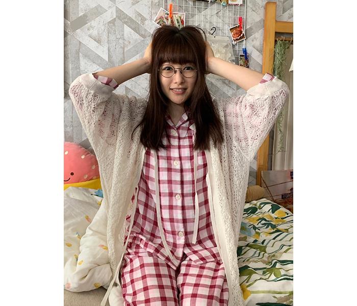 桜井日奈子、寝ぐせ&パジャマ姿を公開