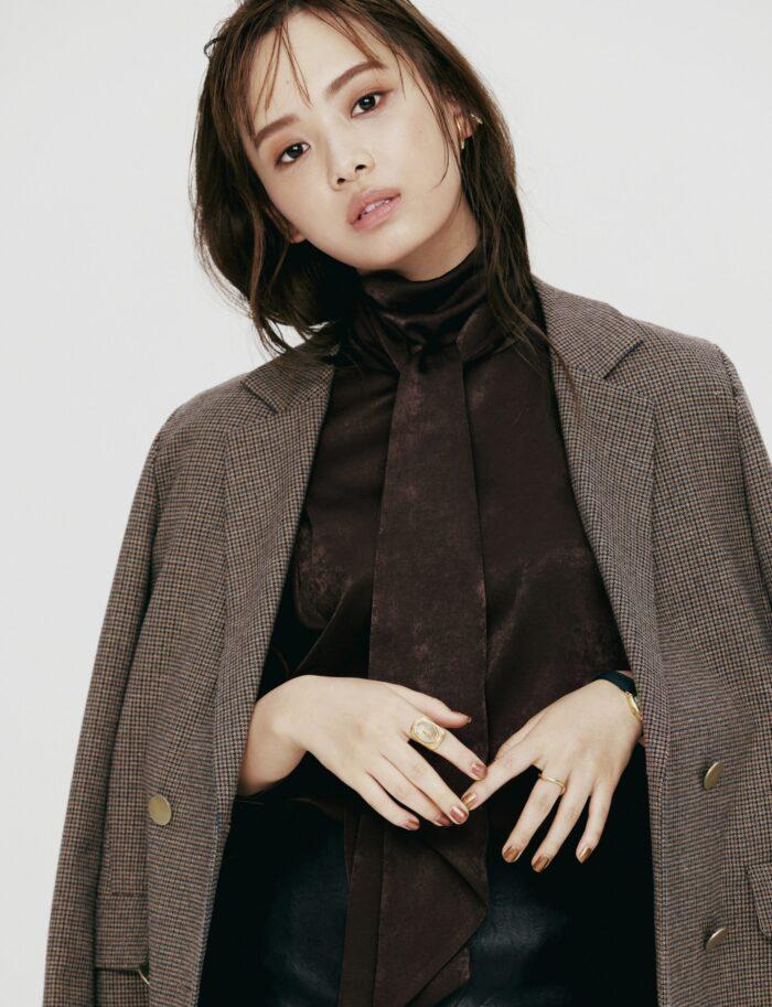 美しいスタイルの持ち主、日向坂46濱岸ひよりがwith11月号から専属モデルデビュー!