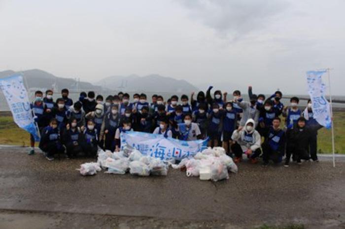 『スポGOMI甲子園・静岡県大会』を開催。激闘を制したのは「U-18ゴミ拾い日本代表」チーム。当日は参加者全48人で、40.73Kgのごみを集める!