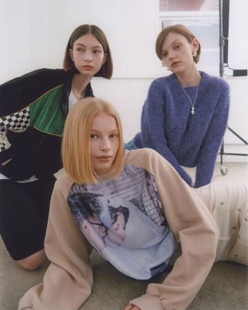 【TWICEやREDVELVET愛用】アパレルブランド「sinoon」(シヌーン)が、オンラインストア60%への出店を開始!